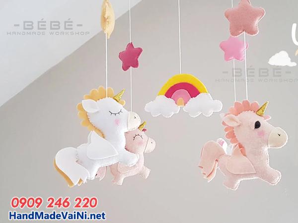 Những món đồ chơi handmade cho bé sơ sinh bằng vải nỉ