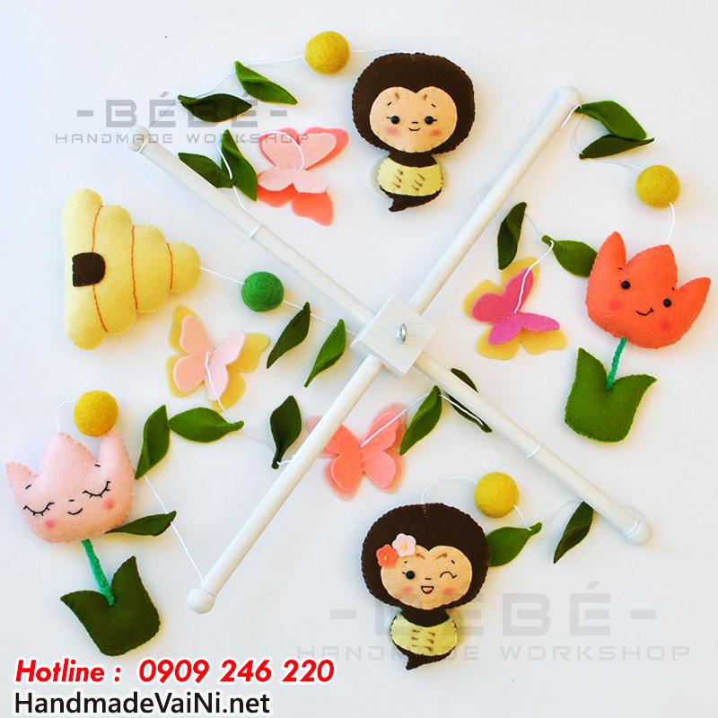 Đồ chơi treo nôi hình bông hoa handmade DC32