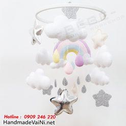 Bộ đồ chơi treo cũi cho bé nhìn cầu vồng đám mây