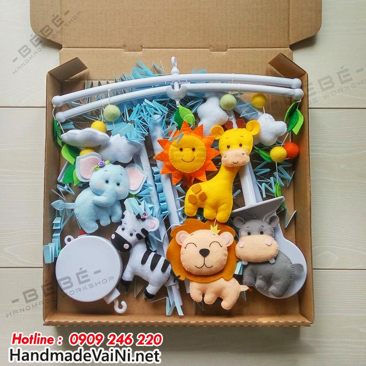 Đồ chơi treo nôi cũi handmade cho bé nhìn hình voi,sư tử, ngựa, hà mã,hưu cao cổ BBH50