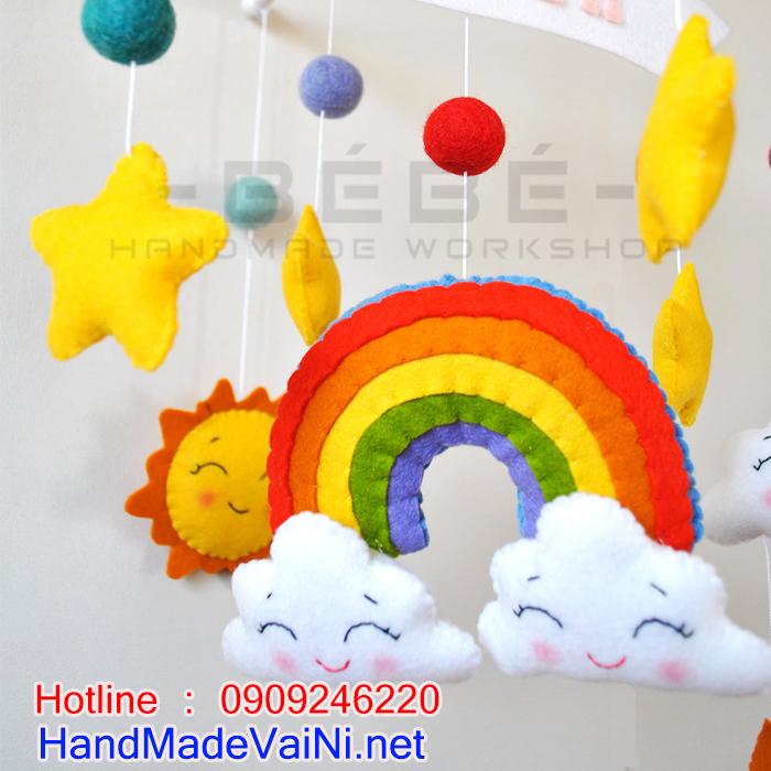 Tại sao phải chọn đồ chơi treo nôi cũi handmade cho bé sơ sinh