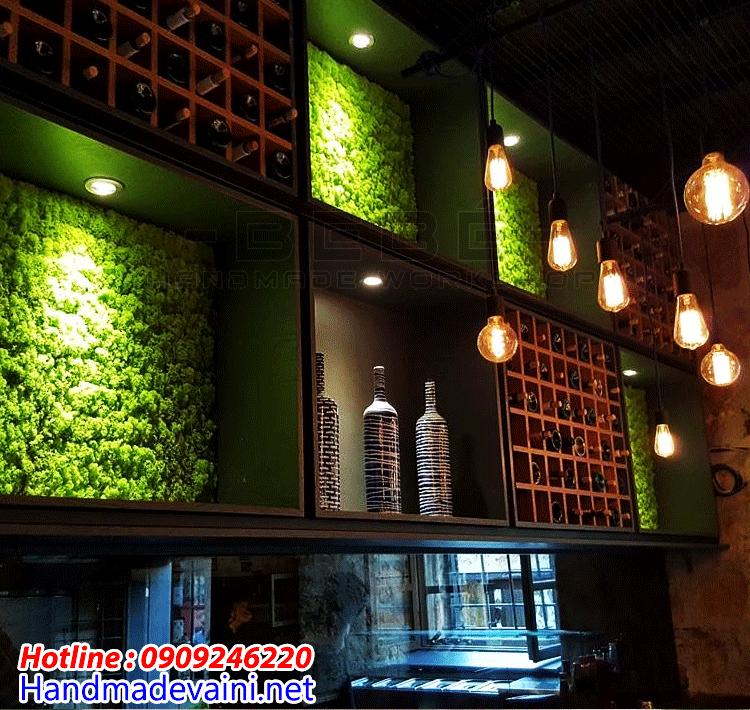 Tường rêu trang trí handmade quán cafe